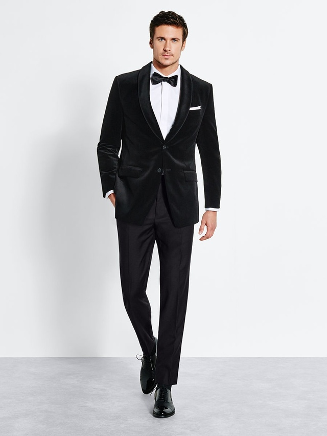 Premium suit tuxedo rentals delivered the black tux for Tuxedo house
